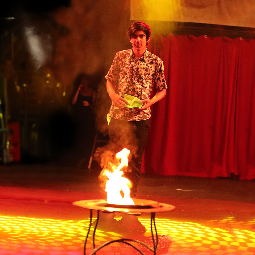 Feuer-Show-Zirkus-Giovanni-Bamberg-3-Big-Size
